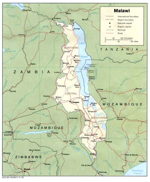 Detailed political and administrative map of Malawi.