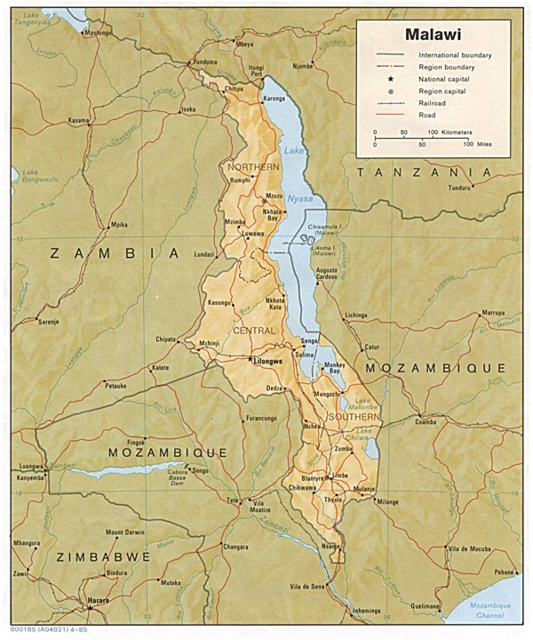 Detailed relief and political map of Malawi.