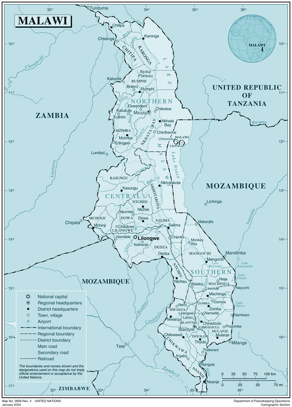 Malawi large detailed political and administrative map with all cities, roads and airports.
