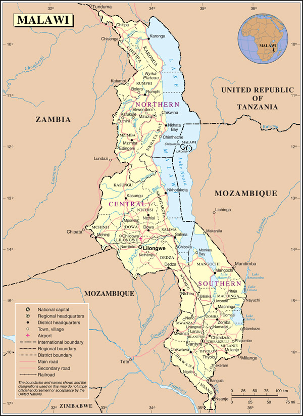 Large detailed political and administrative map of Malawi with all roads, cities and airports.