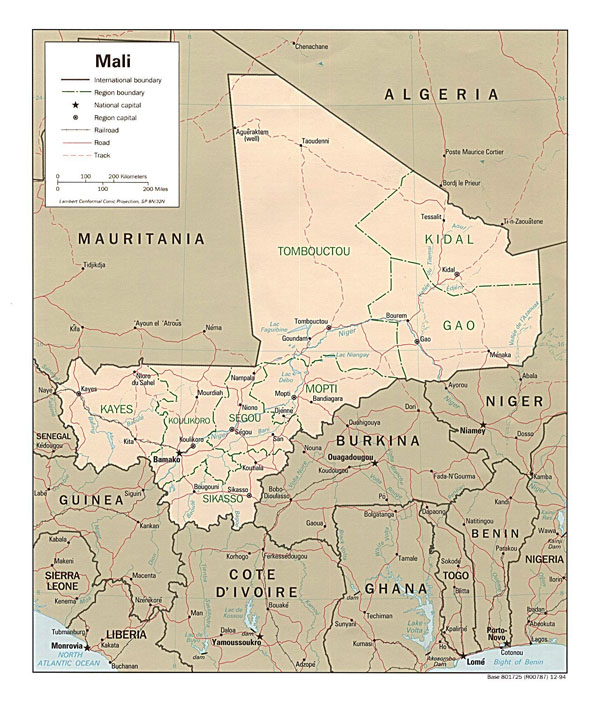 Detailed administrative and political map of Mali with all roads and cities.