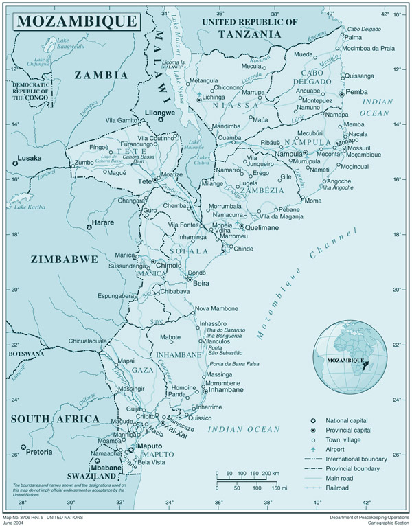 Large detailed political and administrative map of Mozambique with all cities, roads and airports.