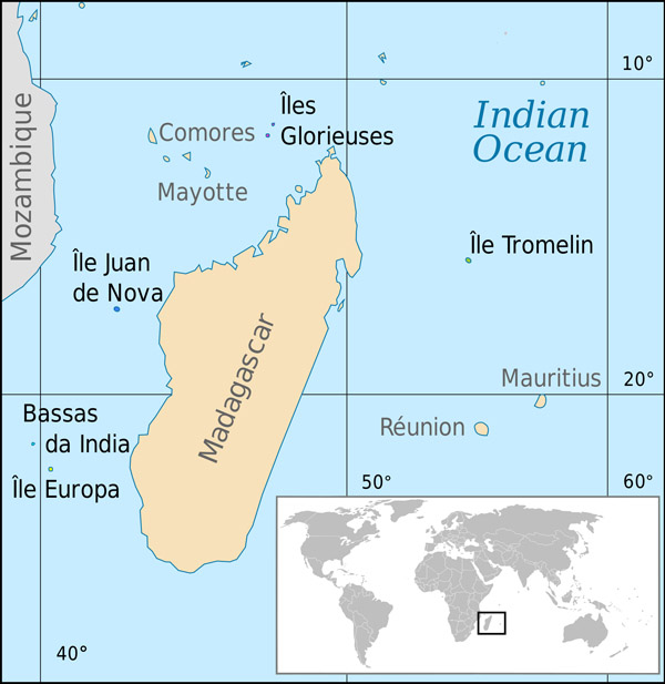 Large detailed location map of Tromelin Island.