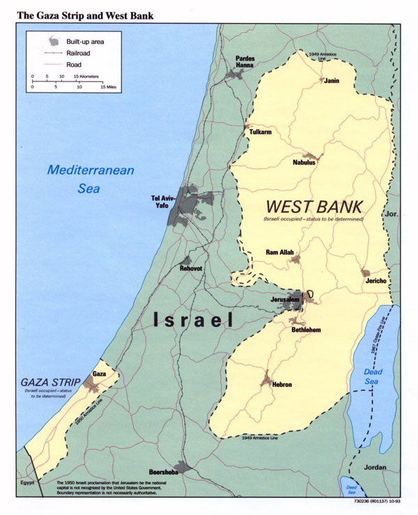 Detailed political map of the Gaza Strip and West Bank.
