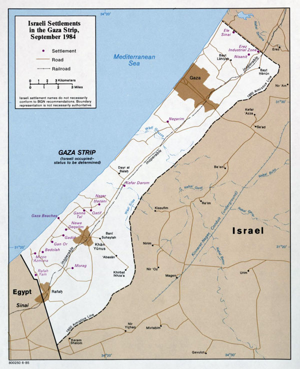 Large detailed map of Israeli Settlements in the Gaza Strip.