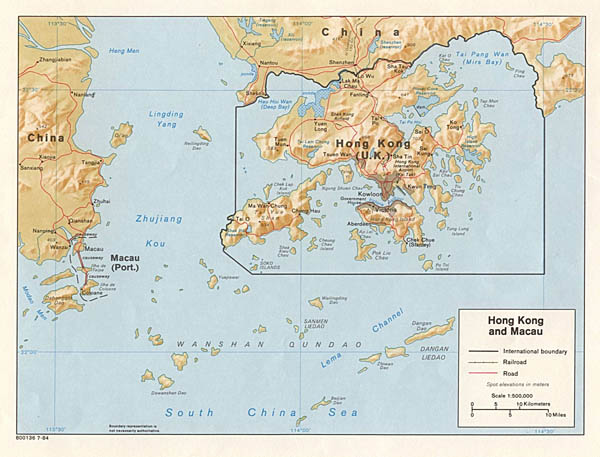 Large detailed political map of Hong Kong and Macau.