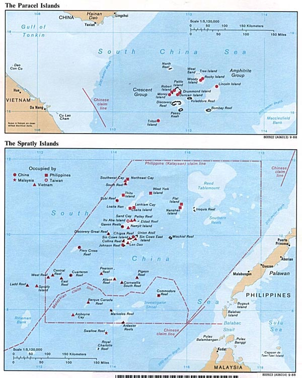 Detailed political map of Paracel Islands and Spratly Islands.
