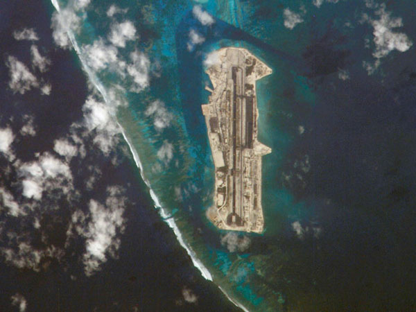 Large detailed satellite map of Johnston Atoll.