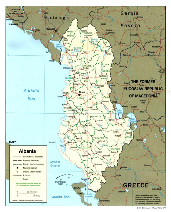 Large political and administrative map of Albania - 2000.
