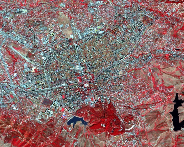 Detailed satellite map of Tirana.