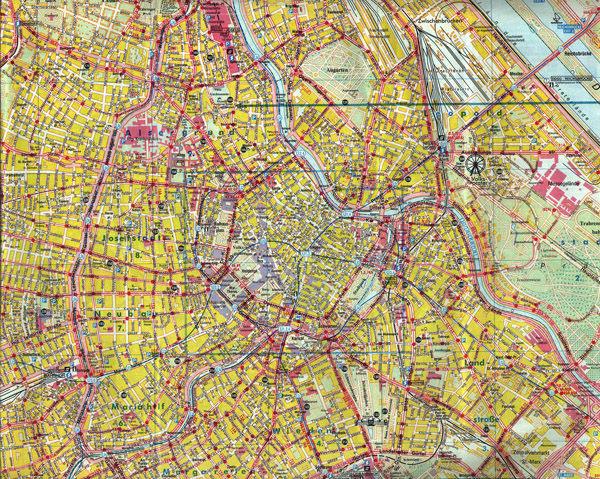 Large detailed map of center Vienna city.