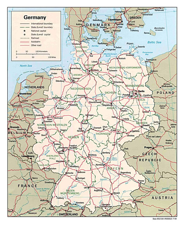Detailed administrative and road map of Germany.