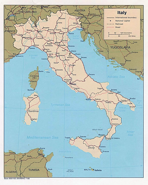 Detailed political map of Italy - 1986.