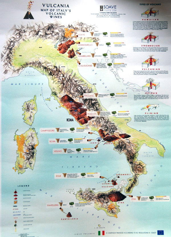 Large detailed map of Italy volcanic wines.