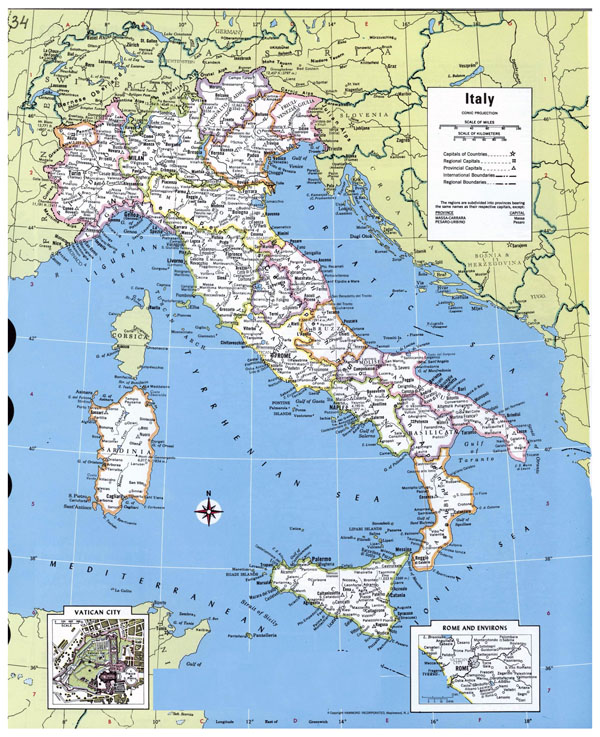 Large detailed political and administrative map of Italy with major cities.