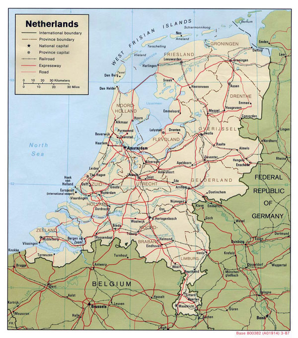 Large political and administrative map of Netherlands with roads and major cities - 1987.