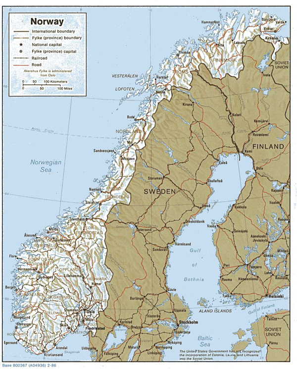 Large detailed relief and political map of Norway with highways and cities.