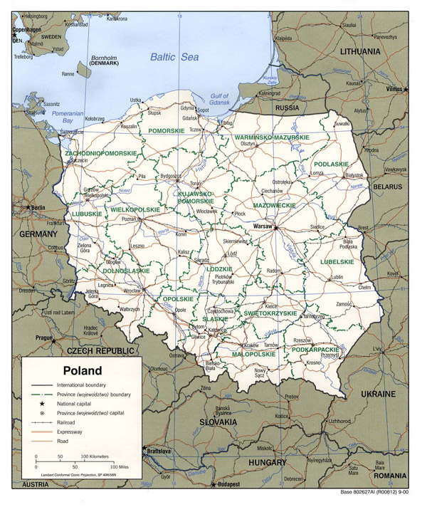 Detailed political and administrative map of Poland with roads and cities.