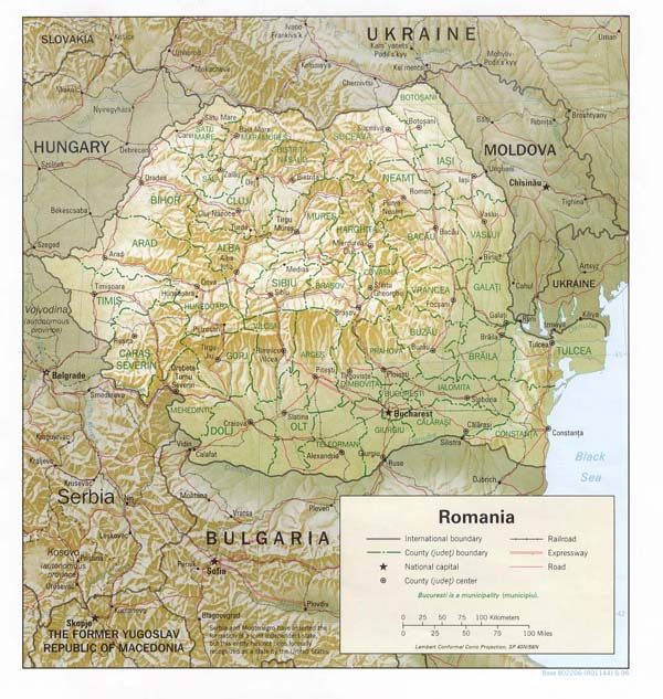Detailed relief and administrative map of Romania.