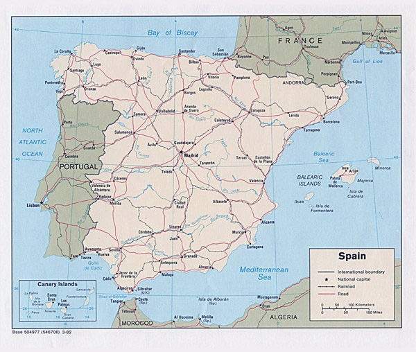Large detailed political map of Spain with highways and cities.