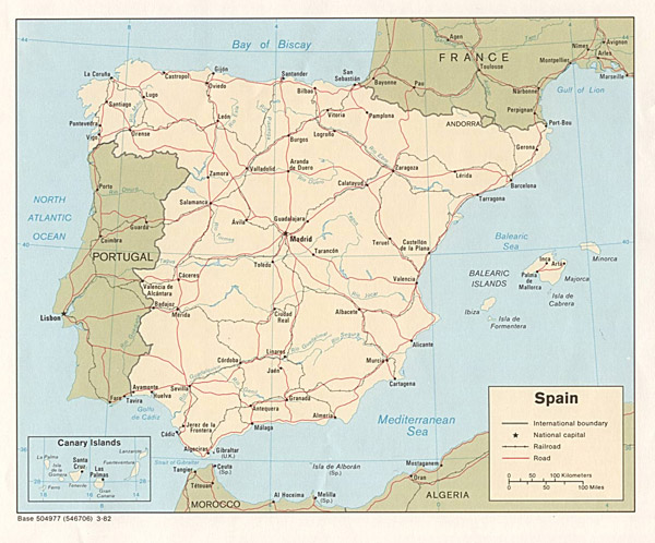 Large detailed political map of Spain with highways, railroads and cities.
