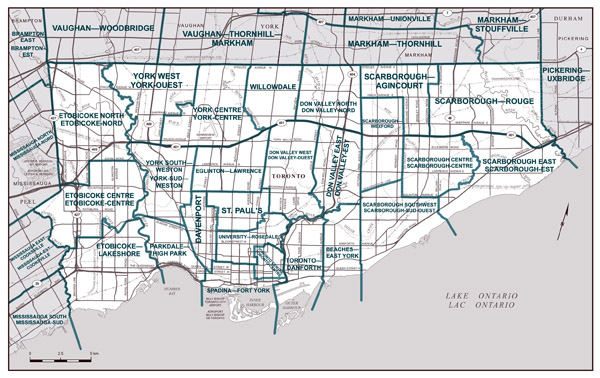 Large detailed road map of Toronto city (Canada).