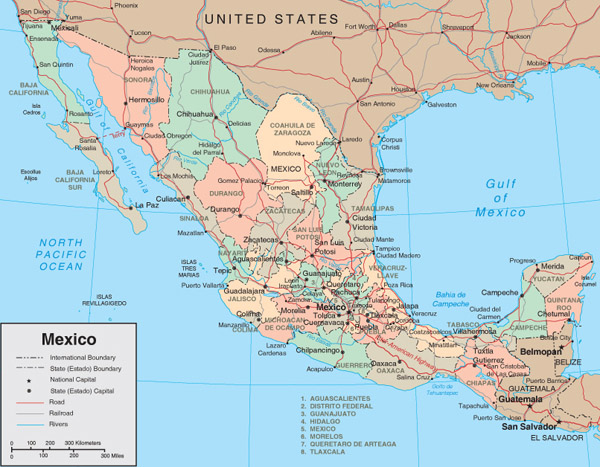 Detailed administrative and road map of Mexico.