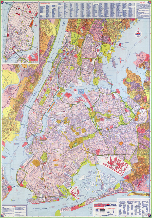 Large scale (HiRes) detailed full road map of New York city, USA with all street names.