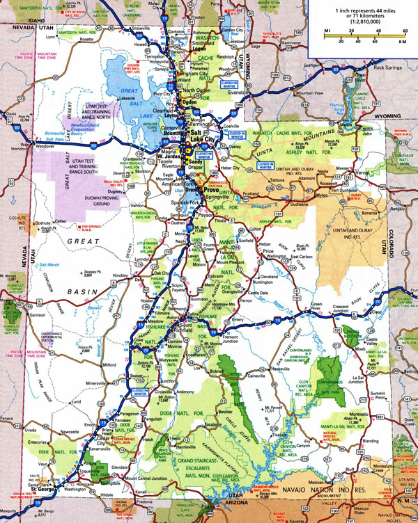Large detailed roads and highways map of Utah state with national parks and cities.