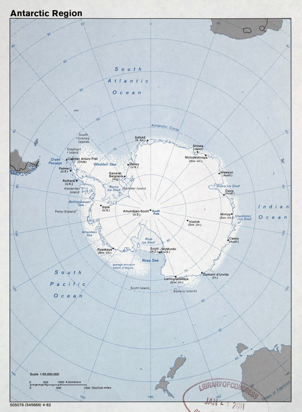 Large detailed map of Antarctic Region - 1982.